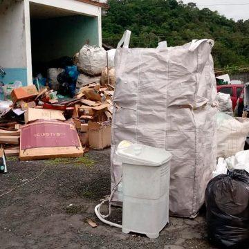 Acontece, em Rio do Sul, uma operação de limpeza dos espaços públicos