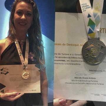Assessora de turismo da AMAVI vence Prêmio Nacional do Turismo 2019 na categoria ONG's