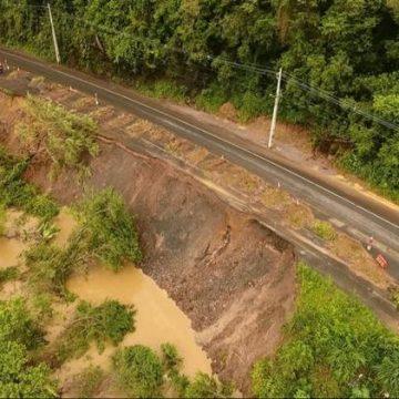 Deslizamento na Estrada Blumenau entre Rio do Sul e Lontras preocupa