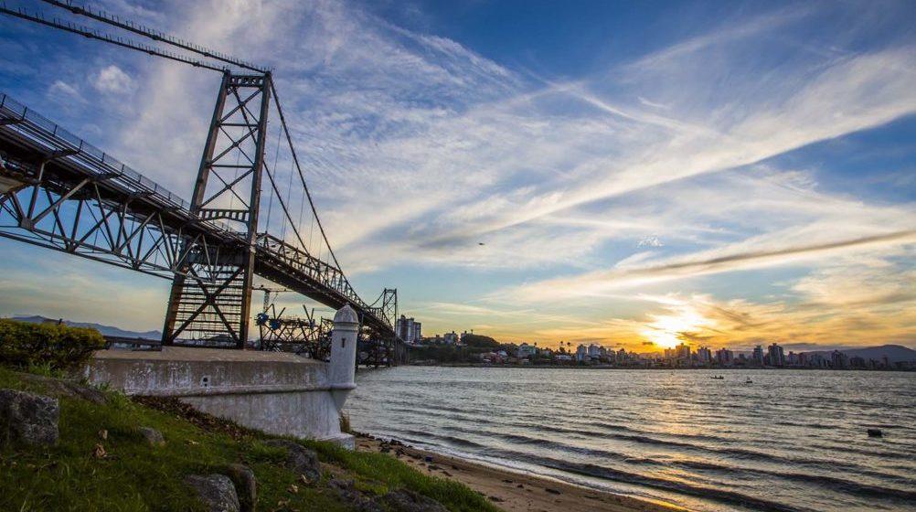 Ponte Hercílio Luz será reaberta hoje