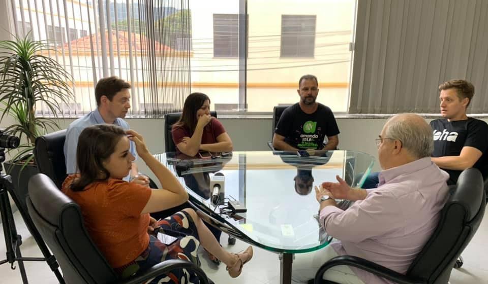 Em véspera de ano eleitoral, vice-prefeito de Rio do Sul abre mão do salário.
