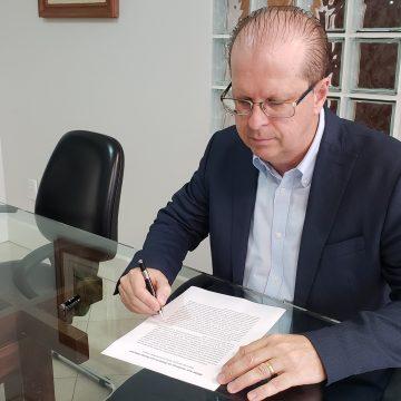 Professor natural de Presidente Getúlio é o novo representante de SC no BRDE