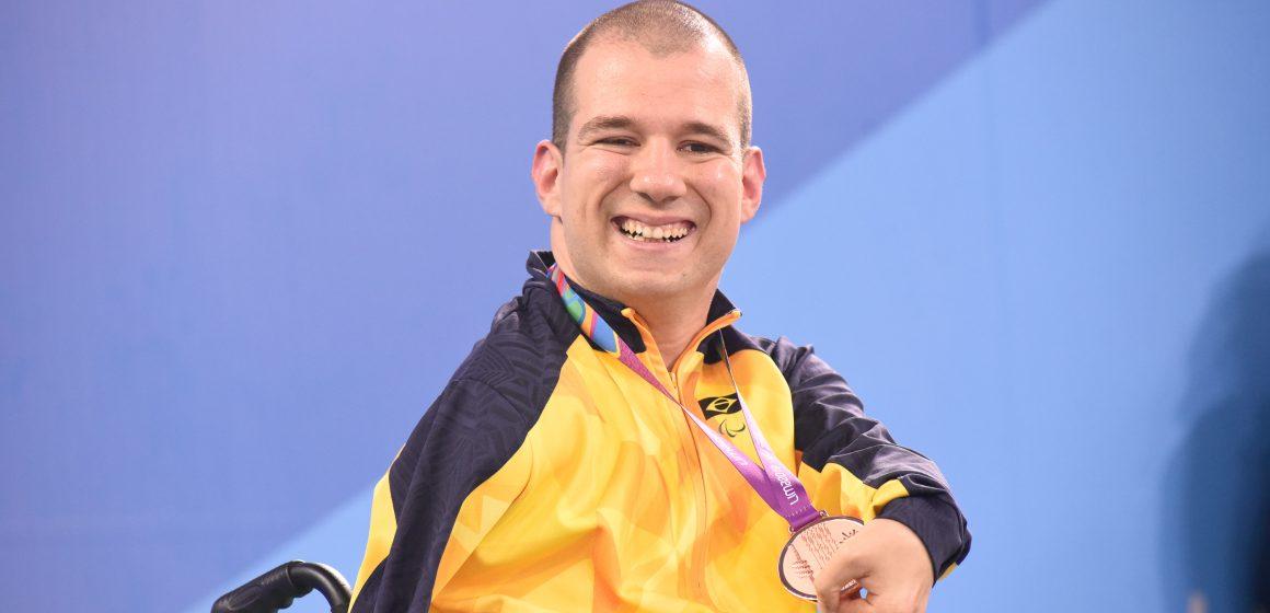 Bruno Becker se prepara para competições que pontuarão para Jogos Paralímpicos de Tóquio