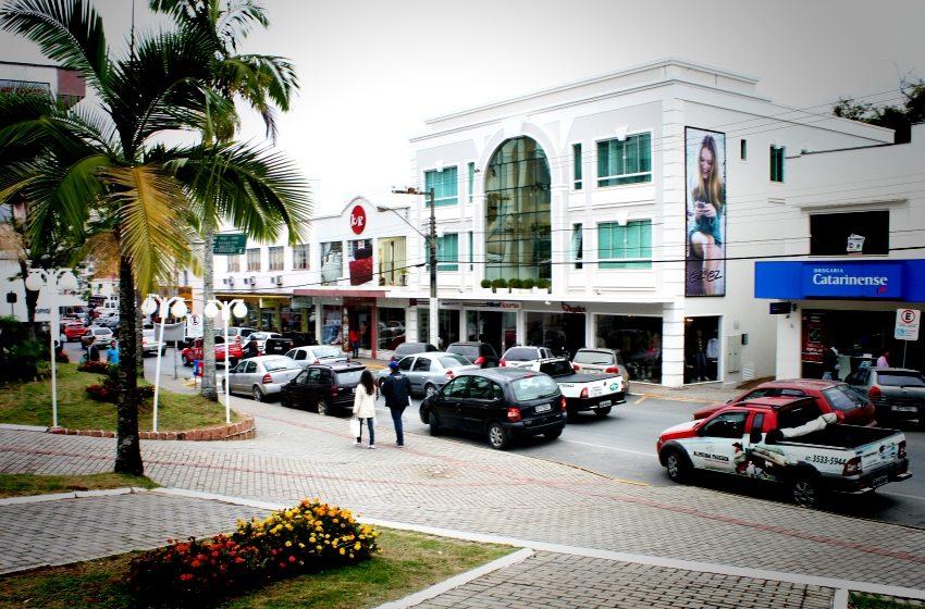 CDL de Ituporanga levantará perdas financeiras por conta do estacionamento na área central