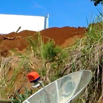 Obras, realizadas de forma ilegal, na  Estrada da Madeira em Rio do Sul, preocupam os vizinhos