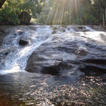 Bombeiros voluntários de Lontras se mobilizam para evitar acidentes em cachoeira