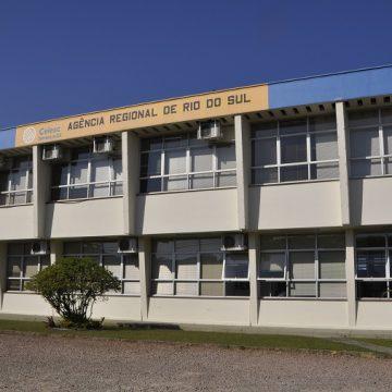 Após decreto estadual, Celesc atende apenas situações de falta de energia e manutenção do suprimento do serviço
