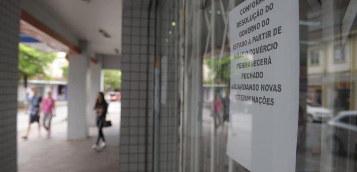 PM de RSL flagra estabelecimentos, que não se enquadram em serviços essenciais, abertos na região