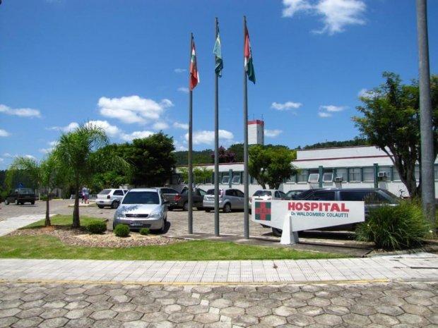 Voluntários do Hospital Waldomiro Colautti arrecadam recursos para compra de  EPI's para os profissionais