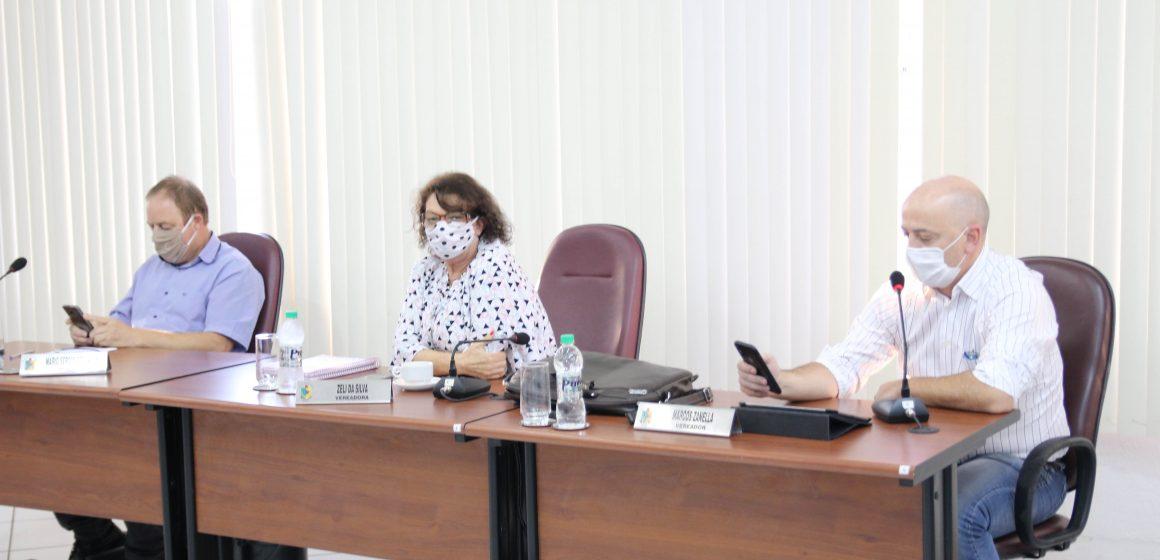 Vereador de RSL propõe redução no valor dos subsídios de prefeito, vice, vereadores, servidores públicos efetivos e comissionados