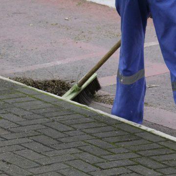 Como serviço essencial,  Secretaria de Obras de Rio do Sul continua executando serviços de manutenção e limpeza urbana