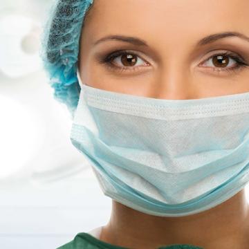Alta demanda provocada por pandemia dificulta aquisição de maquinários e equipamentos de proteção nas redes pública e privada de saúde