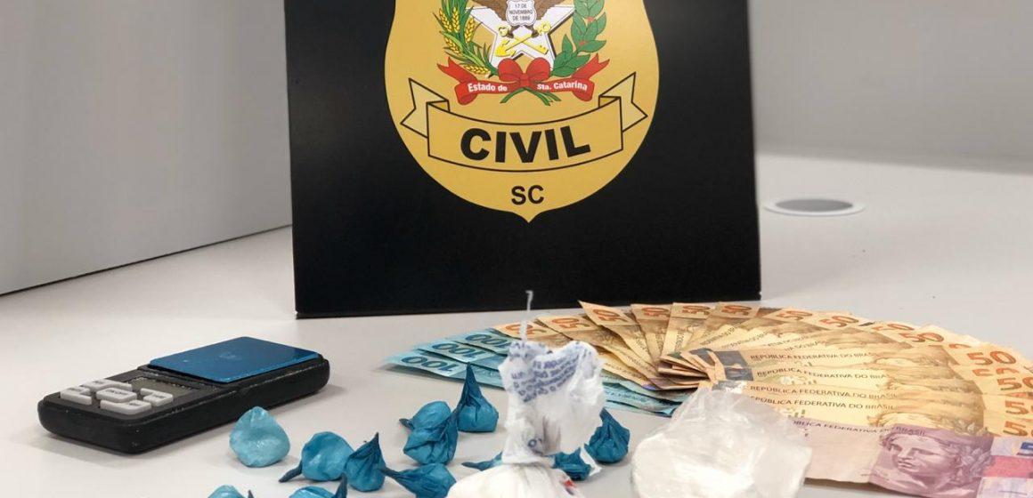 Polícia Civil prende traficantes de drogas em Rio do Sul