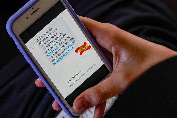 Governo de SC alerta por SMS casos confirmados de Covid-19 próximos
