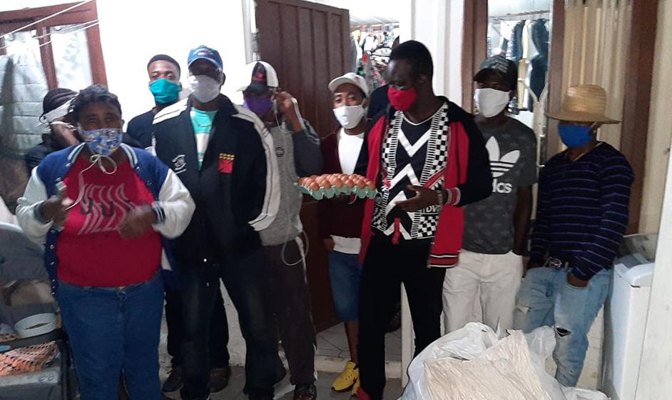 Entidades auxiliam famílias de migrantes que residem na região