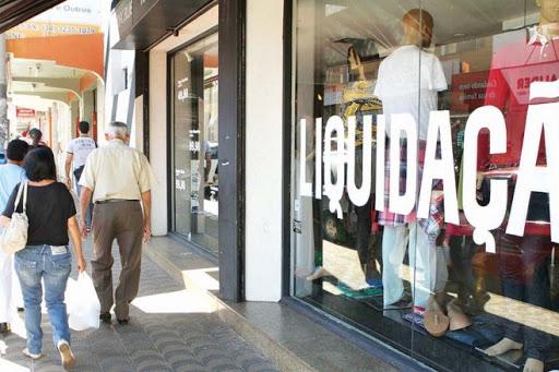 Com comércio aberto no feriado, CDL projeta mesmo volume de vendas do ano passado para Dia dos Namorados
