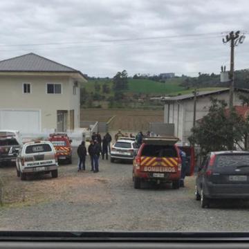 Cães chegam para auxiliar nas buscas da mulher desaparecida em Agronômica