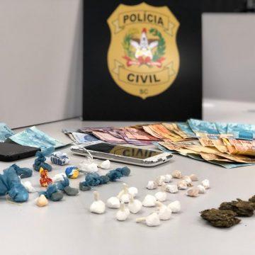 Casal é preso por tráfico de drogas no bairro progresso