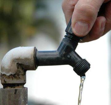 Falta de energia elétrica prejudica o sistema de água da Casan