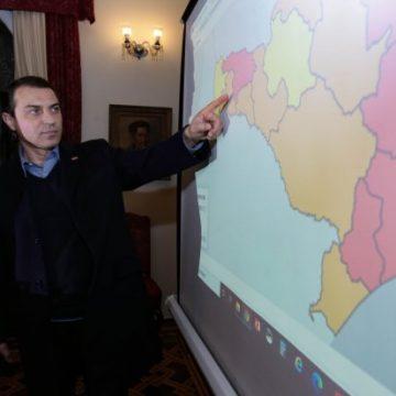 Circulação de ônibus e retorno das aulas presenciais estão suspensos em sete regiões com risco gravíssimo