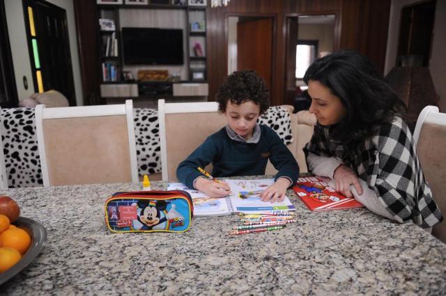 Mais de 30% dos pais de crianças que frequentam educação infantil, em Rio do Sul, não têm onde deixar os filhos