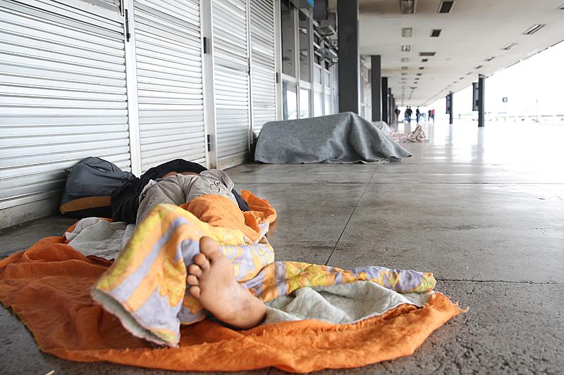 Queda nas temperaturas motiva prorrogação do serviço abrigo para moradores em situação de rua, em Rio do Sul