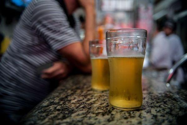 Em nova resolução para conter disseminação do coronavírus, prefeitos da região  restringem venda e consumo de bebidas alcoólicas