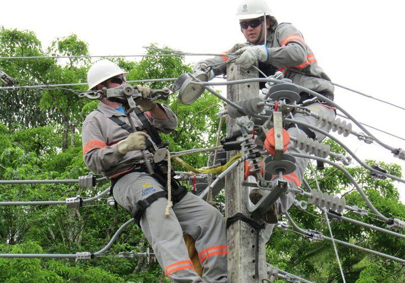 Temporal deixa cinco mil unidades sem o fornecimento de energia no Alto Vale