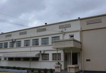 Superlotado e com contaminações por Covid-19, Lar da Menina recebe quatro funcionários, cedidos pela Secretaria de Educação