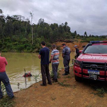Equipes de bombeiros voluntários da região atuam na busca de mulher desaparecida em Lontras