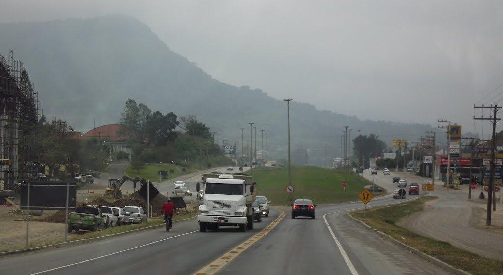 Obras no trecho da BR-470, entre Ibirama e Apiúna, devem ser finalizadas, no fim da semana que vem