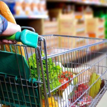 Sete denúncias diárias motivam fiscalização do Procon em mercados, por preços abusivos de itens da cesta básica