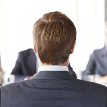 Lei proíbe perguntas sobre orientação sexual e religião em entrevistas de emprego em SC