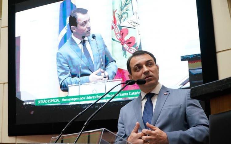 Processo de impeachment de Carlos Moisés será avaliado no plenário da Alesc nesta quinta-feira