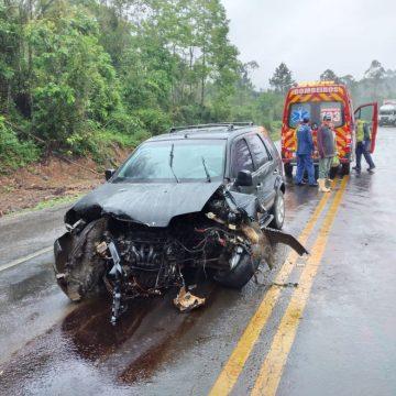 Acidente na BR-470, em Pouso Redondo, deixa quatro pessoas feridas
