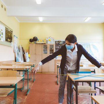Gerência de Educação de RSL prepara retorno das atividades presenciais nas unidades de ensino da rede estadual