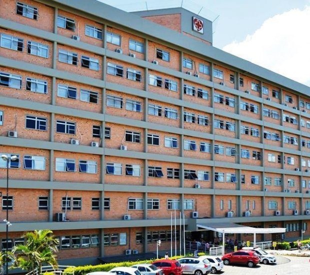 Hospital Regional decide manter, com recursos próprios, leitos de UTI Covid até a próxima semana