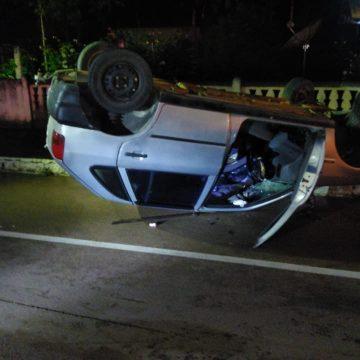 Capotamento deixa homem ferido em Ibirama