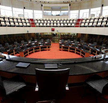 Deputados divergem sobre manutenção do estado de calamidade pública em SC