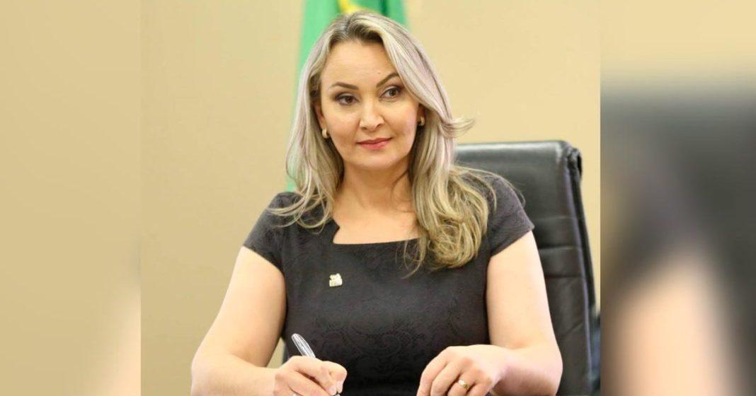 Daniela Reinehr assumirá como governadora de SC nesta terça-feira