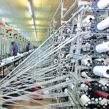 Metade das indústrias catarinenses não pode aumentar a produção devido à escassez de matéria-prima