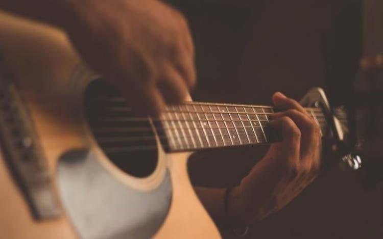 Governo de SC autoriza Secretaria de Educação a gastar R$ 30,9 milhões em instrumentos musicais para escolas da rede estadual