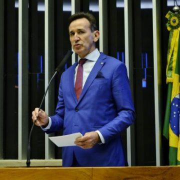 Deputado solicita prorrogação de prazo para municípios receberem recursos