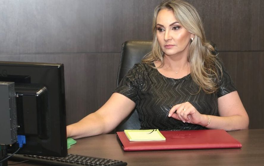 Vice-governadora espera ser inocentada pelo Tribunal de Julgamento e diz que está pronta para assumir o Governo se for preciso