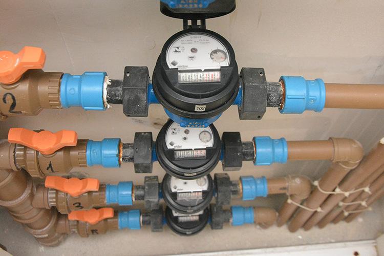 Casan justifica oscilação no consumo de água com troca de hidrômetros