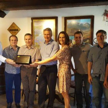 Sérgio Alves reúne-se com representantes de Associações Empresarial do Alto Vale