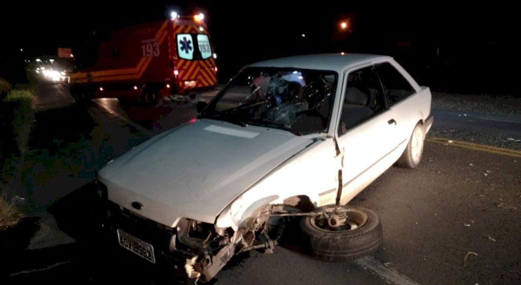 Carro foge do local após acidente com gestante e criança na BR-470