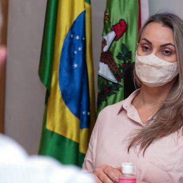 Governadora interina anuncia liberação de recursos através do Fundo de Aval de SC