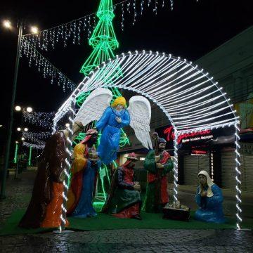 Com acendimento das luzes, CDL inicia Natal Encantado em Rio do Sul