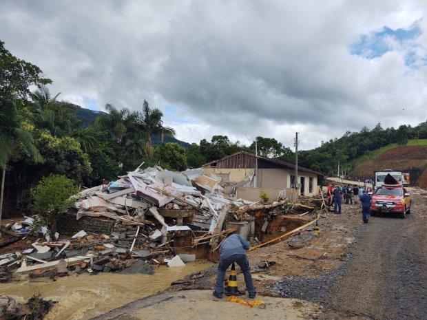 Grupo de pesquisa em desastres avalia estragos causados por enxurrada em Presidente Getúlio, Ibirama e Rio do Sul